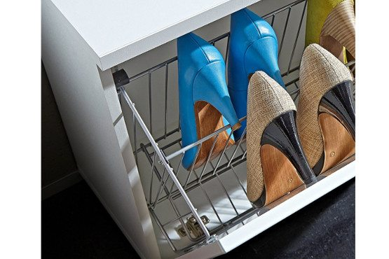 Korpusiniai baldai batų spintelė Colorado Germania bjarnumbaldai