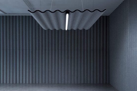 SCALA pakabinama nuo lubų akustinė pertvara Abstracta bjarnumbaldai